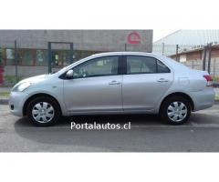 Toyota new yaris xli año 2011