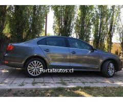 Volkswagen Vento Comfortline 2.0 Full Automatico