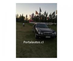 Venta de auto Mercedes Benz