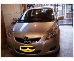 Toyota GLI 2013 Full unico dueño
