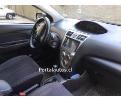 Toyota Yaris GLI AUTOMATICO