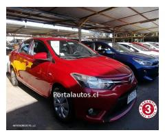 TOYOTA NEW YARIS 2017 GLS CRÉDITO