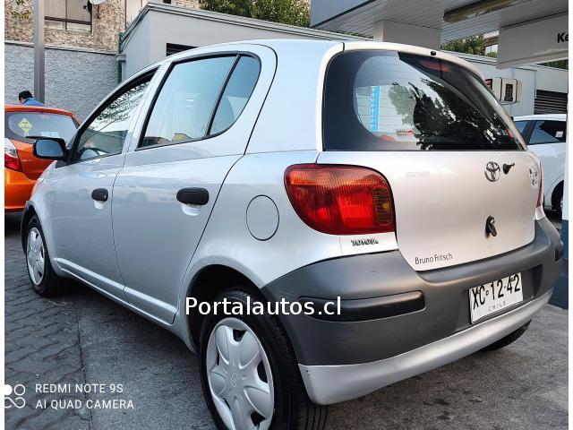 Toyota Yaris 2003 único dueño, único es su estado
