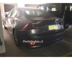 Impecable Lexus IS 300h 2019